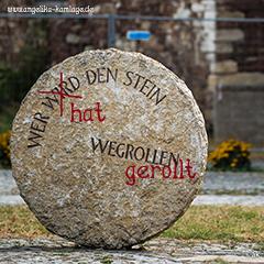 Der Stein im Weg